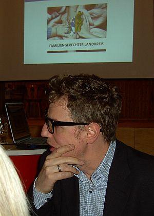 Aufmerksamer Zuhörer: Florian Simbeck