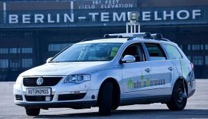 """Ein Testfahrzeug der """"Autonomos Labs"""" der FU Berlin, Entwickler autonom fahrender Autos. (zum vergrößern anklicken)"""